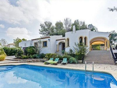 Photo for Villa La  Mariana has a lovely big pool with Roman steps in a very private enclosed garden in the Pi