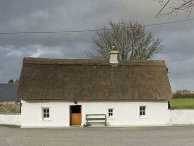 Photo for Detached Thatched Cottage for 2/4