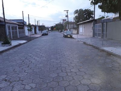 Photo for Comfortable house, 300mts from the center, containing shower and barbecue in the yard