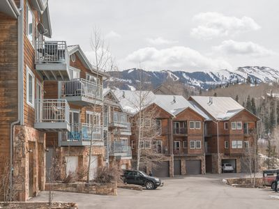 Photo for Gorgeous 2 Bedroom Mountain Village Meadows Condo