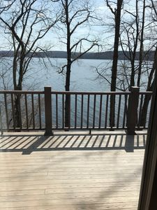 Photo for Lake front home right on lake w/ 5 Bed room 3 Full Bath