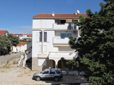 Photo for Studio flat with air-conditioning Novalja, Pag (AS-9349-a)