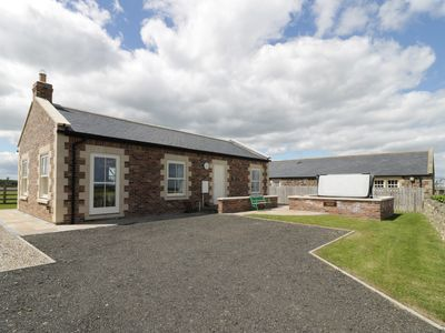 Photo for WEST GATE, family friendly, with pool in Embleton, Ref 947951