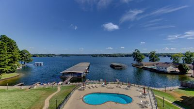 Photo for **PRIVATE WIFI**Update/Clean Lake Front @ Willow Beach