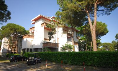 Photo for Apartment in a quiet area of Lignano and close to the beach