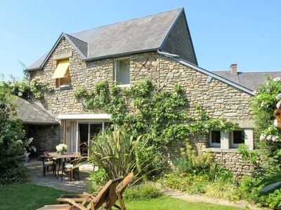 Photo for One bedroom Villa, sleeps 4 in Saint-Michel-des-Loups with WiFi