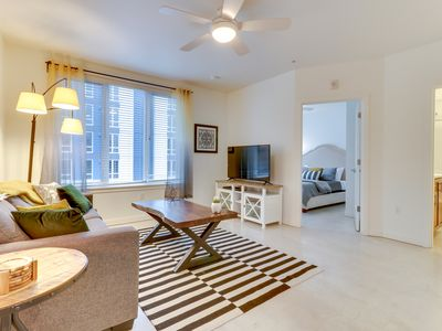 Photo for NEW LISTING! Dog-friendly east side apartment w/kitchen-walk to entertainment