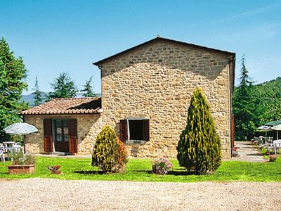 Photo for Apartment Podere La Cascina (LIN104) in Lisciano Niccone - 7 persons, 2 bedrooms