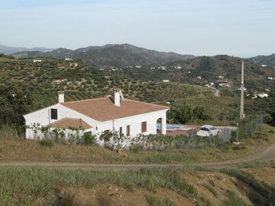 Photo for Romantic Private Villa With Pool, Fabulous Mountain Views