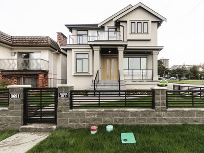 Photo for 5 bedroom 5 bathrooms brand new home in Vancouver