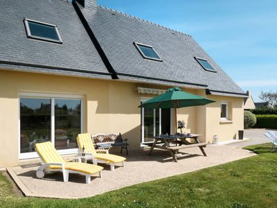 Photo for Landeda Holiday Home, Sleeps 7 with Free WiFi
