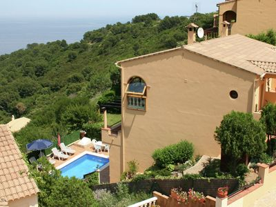 Photo for Superb villa with private pool and fantastic views near Begur