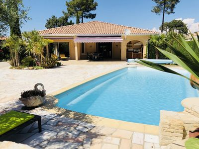 Photo for Bay of Arcachon Gujan quiet House with heated pool sleeps 6