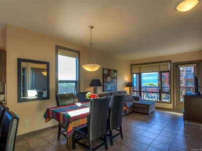 Photo for Bright Corner Unit with Lake and Pool Views #543