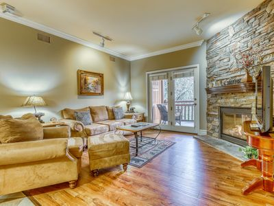 Photo for Handicap-accessible downtown condo w/ balcony & shared pool/hot tub!