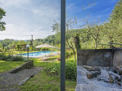Photo for Beautiful apartment in villa for 4 people with WIFI, pool, pets allowed and parking