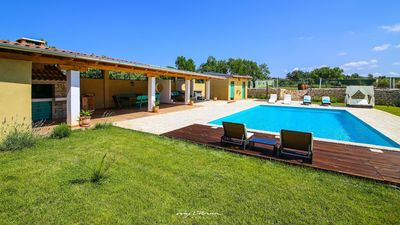 Photo for Charming villa with private pool near Zadar