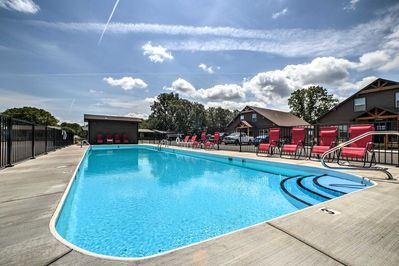 This vacation rental cabin in the Little Indian Resort and offers pool access!