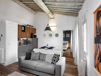 Photo for Trebbio apartment in Duomo with WiFi & integrated air conditioning.