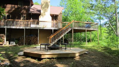 side yard, stairs to deck