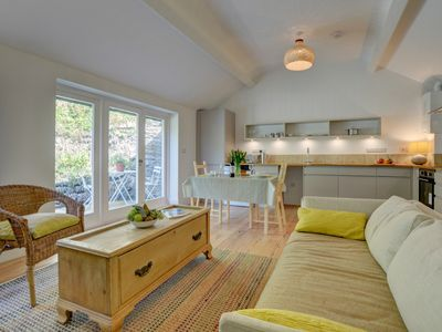 Photo for Knelle Lodge Apt 4 - One Bedroom Apartment, Sleeps 2