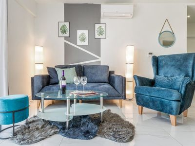 Luxury 2 BDR with Balcony & Amazing view  in City Center -Even Israel