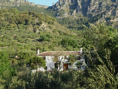 Photo for A comfortable country house with plunge pool in the Sierra de Grazalema.