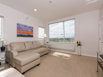1 bed 1 bath modern flat right in Central Austin