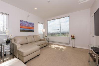 Front living/bedroom with golf course view