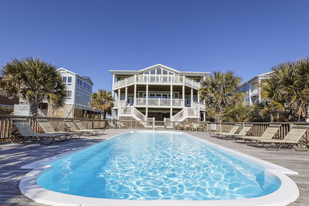 40 Bedroom OCEAN FRONT Perfect For Family Retreats Holden Beach Awesome 12 Bedroom House