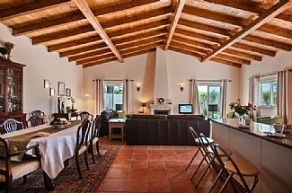 Photo for Beautiful Quinta Style Villa In Quelfes