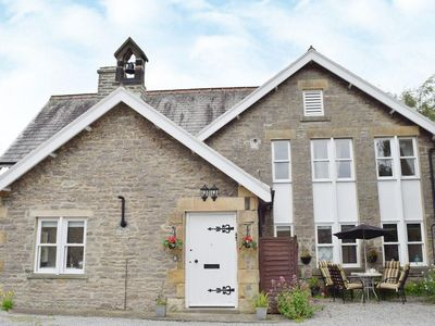 Photo for 2 bedroom property in Leyburn. Pet friendly.