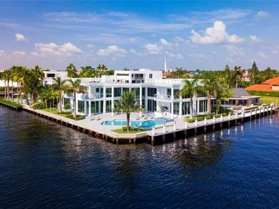Photo for LUXURY INTRACOASTAL HOME FORT LAUDERDALE