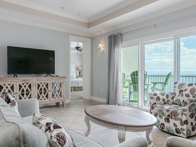 Photo for Stunning gulf-front unit, Infitinity pool/hot tub, Close to Entertainment