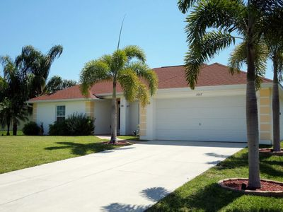 Photo for Vacation home Fresh Water (CCR431) in Cape Coral - 8 persons, 4 bedrooms