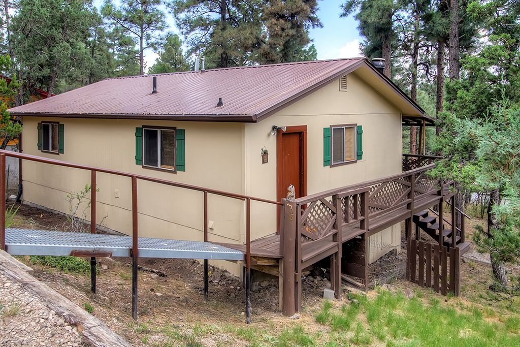 Comfortable 2br ruidoso cabin w covered dec homeaway for 6 bedroom cabins in ruidoso nm