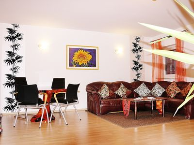 Photo for 70 square meters, parking, underground, central, WIFI, up to 6 pers. Company, Business, Family ..