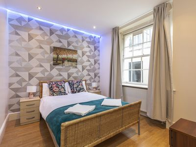 Photo for Stylish Family Apartment Near Oxford Street F2