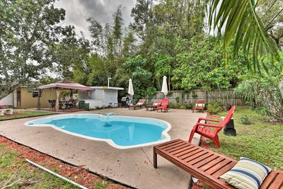 Capture the essence of Fort Lauderdale at this charming vacation rental house.