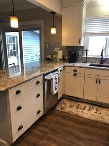 VERY LARGE 5 BR 3 FULL BATH NEWLY RENOVATED   North ...