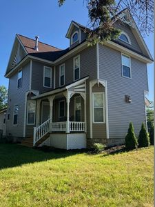 Photo for NEW LISTING* Beautiful Modern Farmhouse 15 Minutes To The Heart of Traverse City