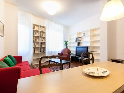 Photo for Lucca Centro, elegant apartment with air conditioning and Wi-Fi