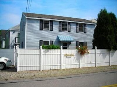 Photo for Spacious 3 BR /1&1/2BA House 5-6 Minute Walk to Long Sands Beach
