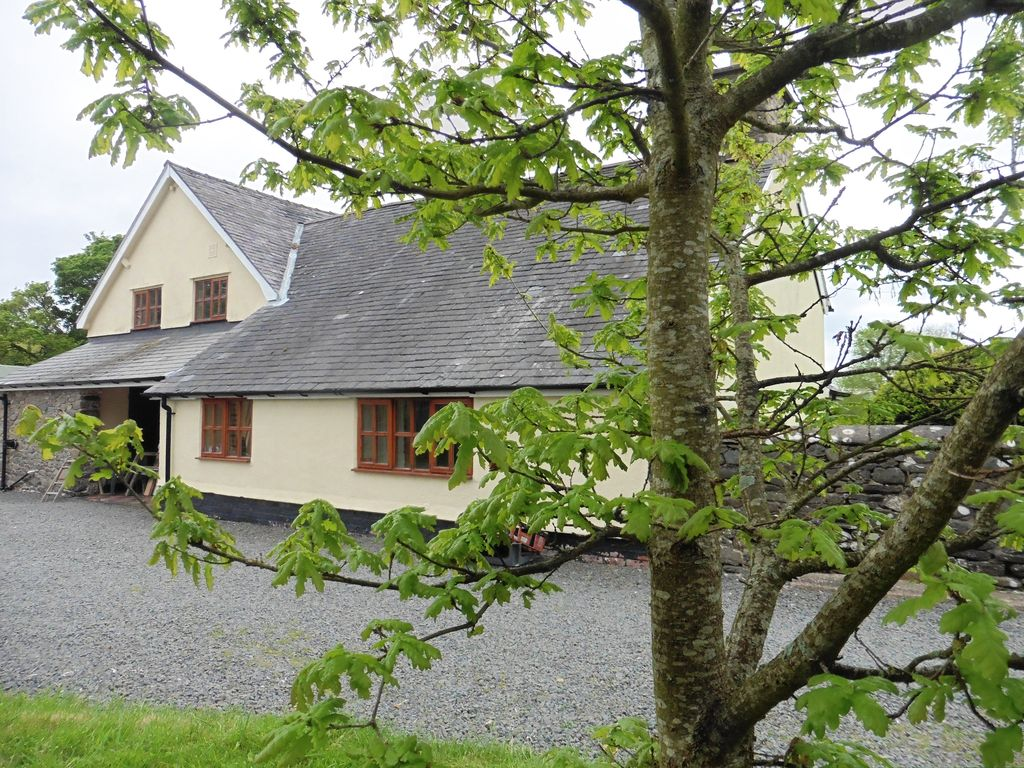 builth beautiful to wales heart rental of cottage in wells cottages rent mid the holiday bedroom