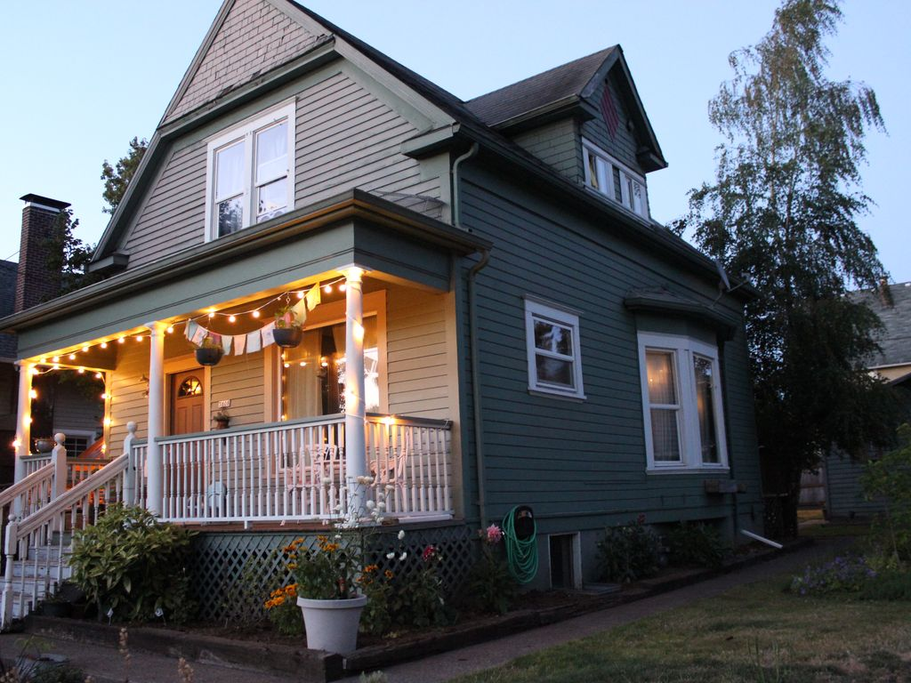 Pleasant Cute Family Home In Mississippi Williams Ave Vrbo Largest Home Design Picture Inspirations Pitcheantrous
