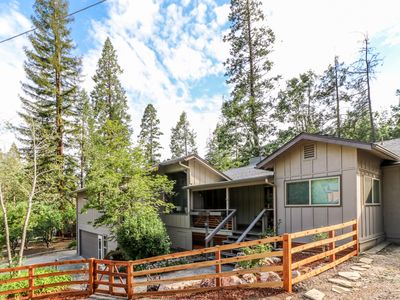 Photo for Large Four-Bedroom Home with optional Boat Slip at Bass Lake, & near Yosemite