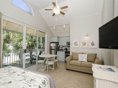 Photo for Nantucket Cottages #19A: 0.5 BR / 1 BA condo in Destin, Sleeps 4