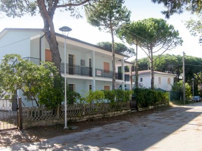 Photo for Apartment Casa Francesca (ROM190) in Rosolina Mare - 7 persons, 2 bedrooms