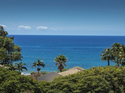 Kihei Akahi Resort Unit C618 - Charming and upgraded condo.  Great ocean and garden view top floor