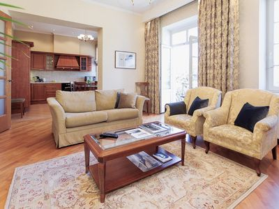 Photo for Comfort 3-Bedrooms Apartment, Park View - Old Town